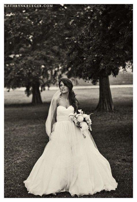Love!: Pretty Dresses, Black And White, Wedding Ideas, Wedding Gown, Wedding Dresses, Dream Wedding,  Bridegroom, Future Wedding