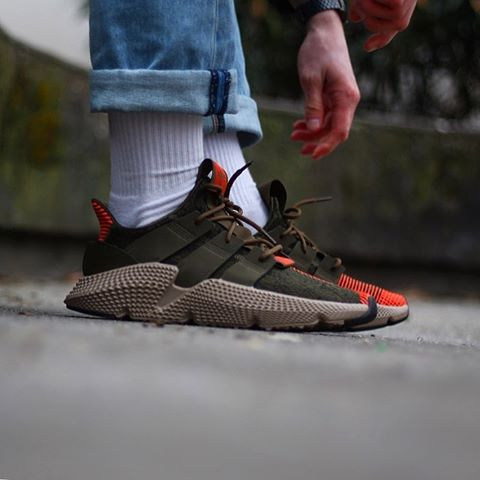 Adidas Prophere Olive-solar-red CQ2127 | Adidas, Chaussure ...