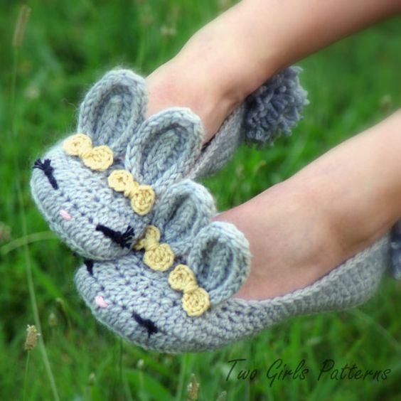 Womens Bunny House Slipper PDF crochet pattern: