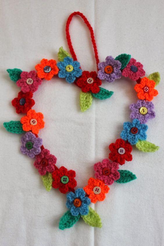 Free Crochet Hanging Heart Pattern : Crochet hanging heart flower design. From Simply Crochet ...