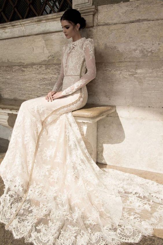 Elegant and romantic, princess Lace Wedding Dress
