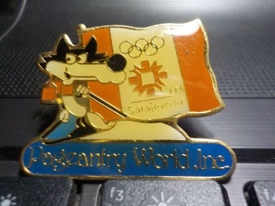 OLYMPIC PINS, WINTER OLYMPICS 1982, 84. FLAG MAKERS
