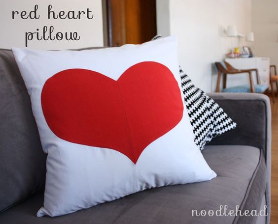 Red Heart Pillow Tutorial by Noodlehead: