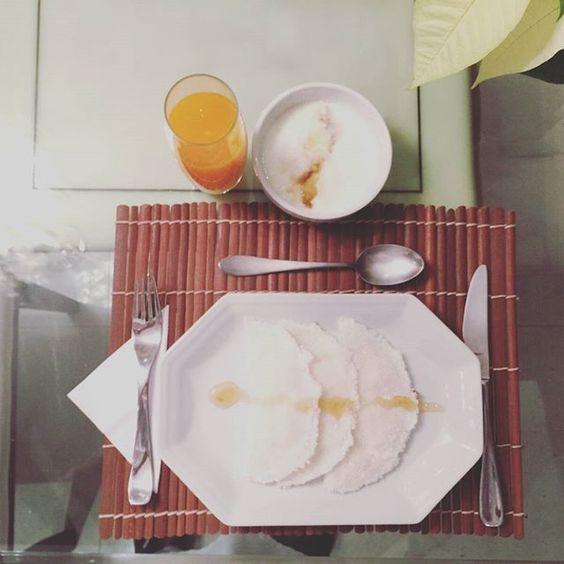 Bom diaaa .... Café da manhã equilibrado... alimente-se bem pela manhã e tenha um dia mais produtivo.  Tapioca / iogurte com mel / suco de frutas  #gastronomia #graosagrado #comerbem #instafood #chefemcasa #novidades #food #foodstagram #antepastos #comidaitaliana #comidacaseira #delicia #adoro #saopaulo #prontofalei #like #azeite #partiu #cafedamanha #cafedamanha #tapioca