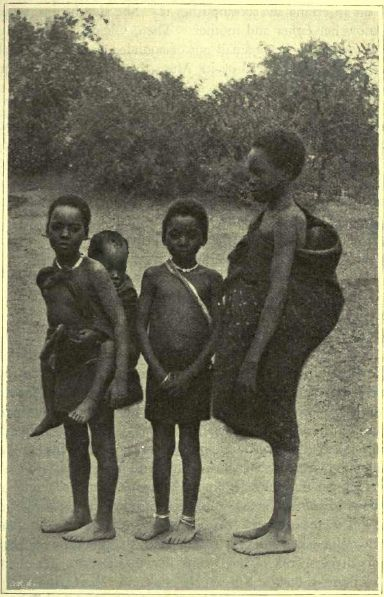 integrantes da tribo africana