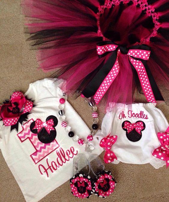 Traje de Minnie Mouse inspirado en cumpleaños