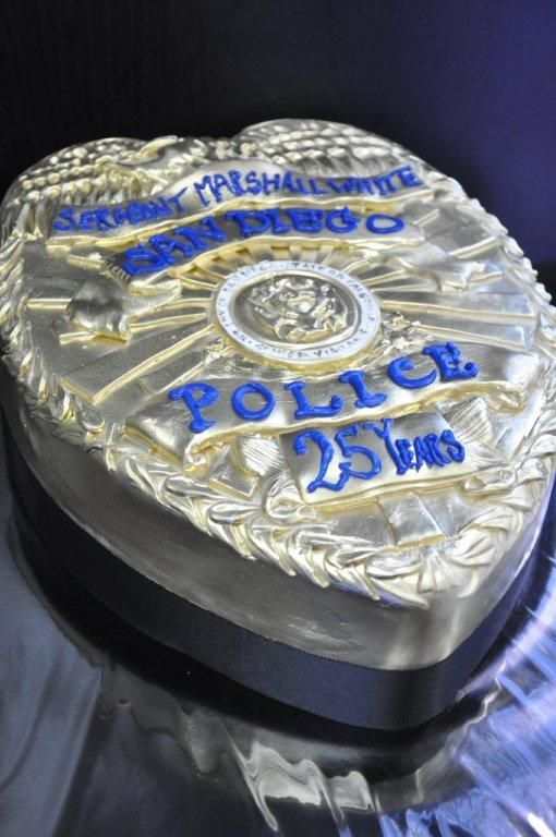 Special Occassion Cakes San Diego With Images Police Cakes