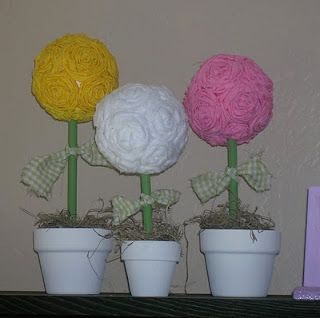 Are these not the cutest things?  They are cheap enough to do for every holiday if you like topiaries like I do!