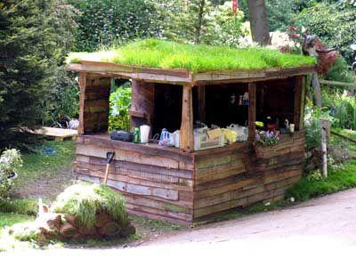Un toit vert pour une cabane : inspiration scandinave ? | Home ...