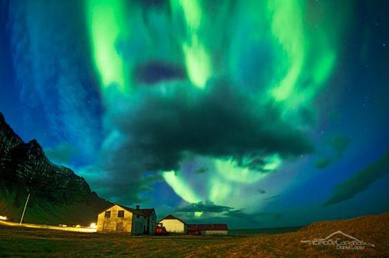 Aurora boreala Islandiatik  Aurora boreal desde Islandia