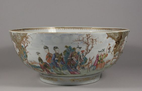 A large eighteenth century Chinese punch bowl #chinese