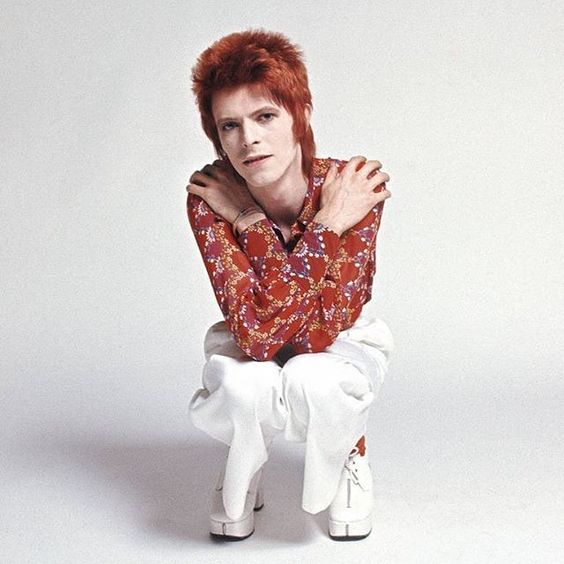 David photographed by Masayoshi Sukita in 1972. . . {#davidbowie #bowie #davidrobertjones #ziggystardust #1972 #70s #70sfashion}