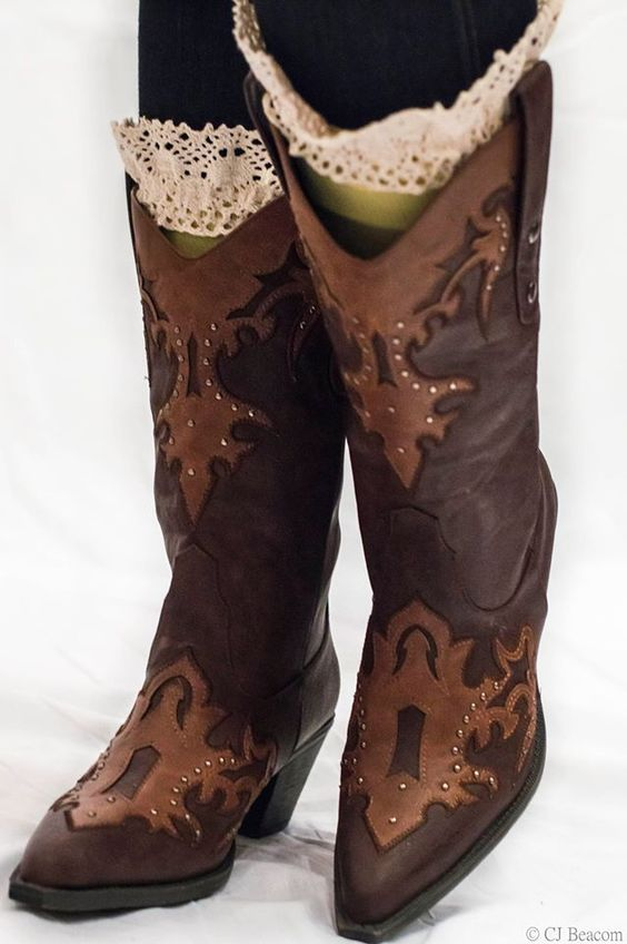 Brown Cow Girl Boots GET YOURS NOW (Click on pic!) COWBOY COWGIRL