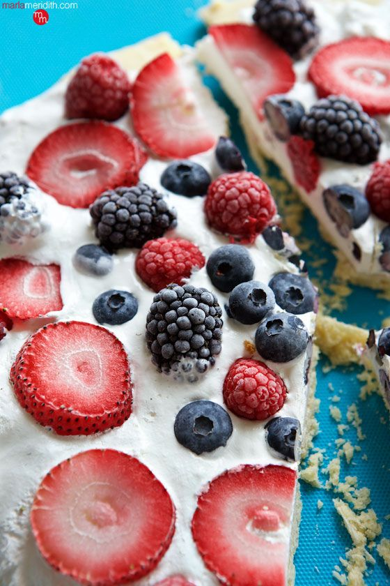 July 4th Berry Dessert Pizza | A giant sugar cookie loaded with whipped cream & fresh berries | MarlaMeridith.com ( @marlameridith )
