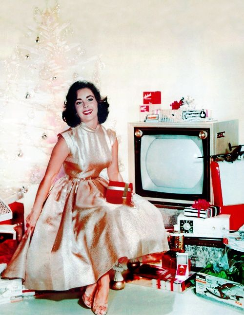 Elizabeth Taylor vintage 1950s Christmas photo - Christmas in Hollywood: