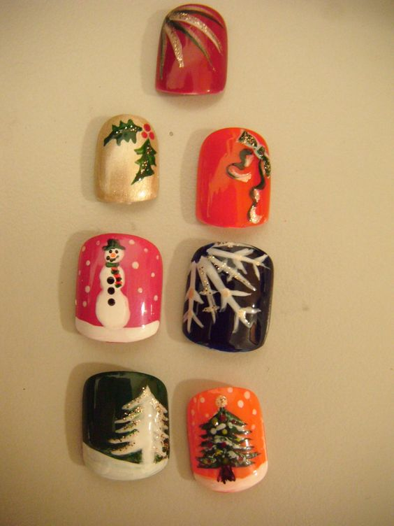 Festive Nail Art by ~jillywillywoo on deviantART