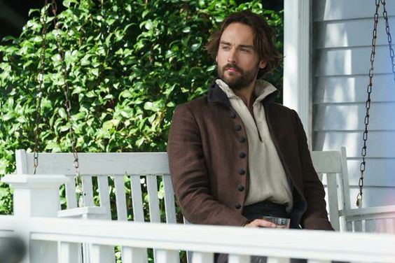 Ichabod's enjoying Summer blissfully unaware of the ills the supernatural will bring to #SleepyHollow. S3 OCT 1