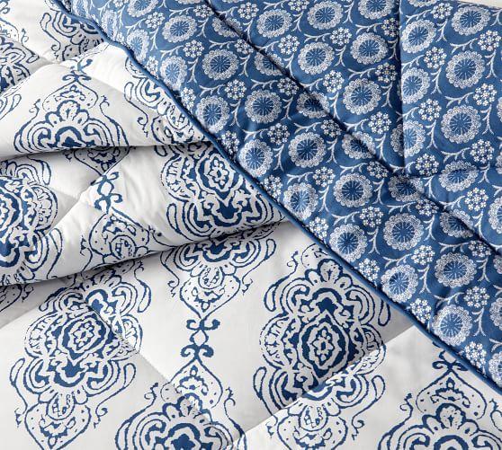Dessi Print Reversible Comforter &