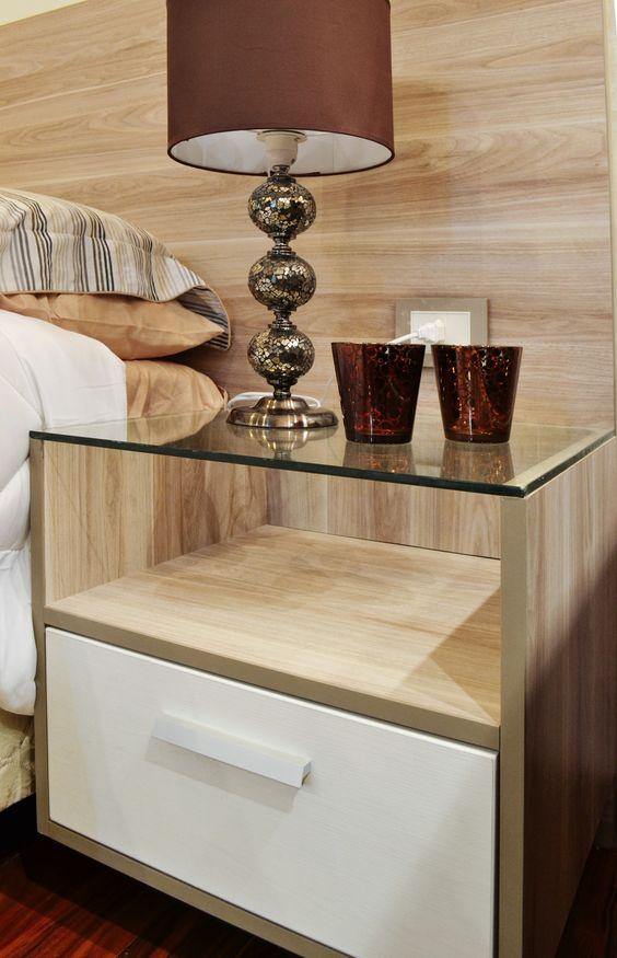 Velador mesita de luz nuestros trabajos pinterest for Dormitorios de madera modernos