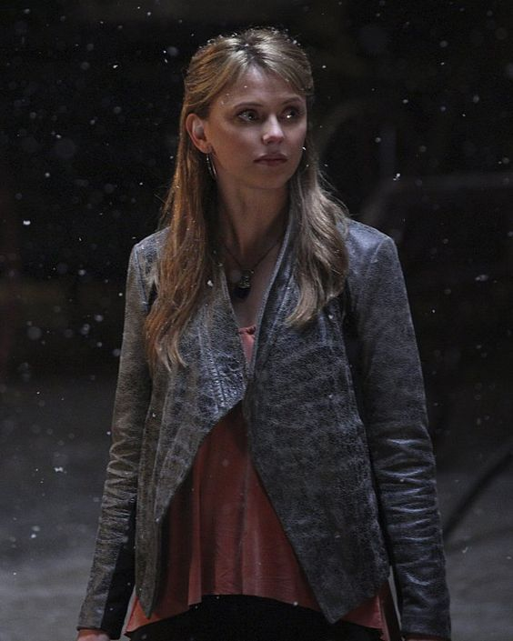 Pin for Later: Rebekah Returns in the Originals Season Finale Pictures