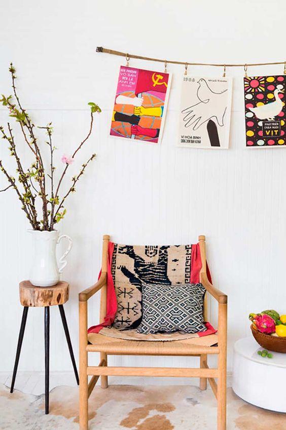 justina-blakeney-hanging-pictures