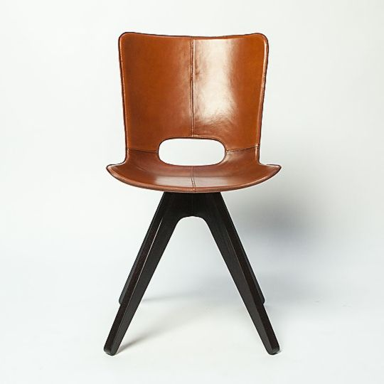 AKMD - Saddle Chair