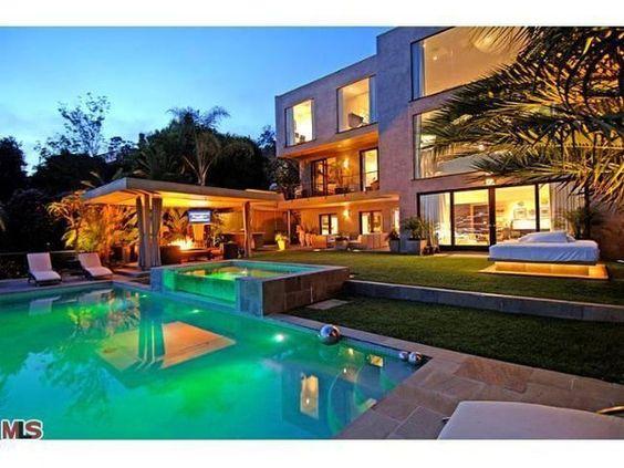 nice housesbig housesbeautiful homespoolprettyphotography places id rather be pinterest nice houses big houses and house beautiful - Nice Big Houses With Pools