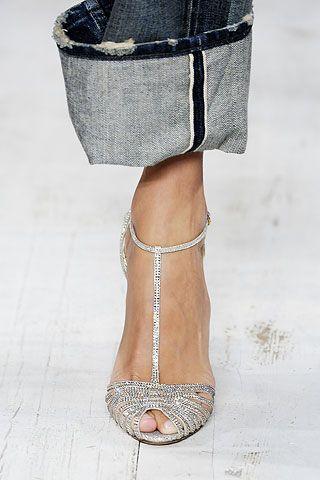 Ralph Lauren - Le scarpe: splendide. Sul risvolto dei jeans, invece, ci penserei un attimo...