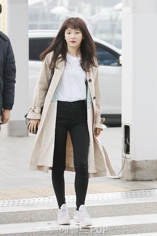 8 Best Female Idol Airport Fashion Outfits Of March 2018 Bestkoreanfashion Korean Airport Fashion Airport Fashion Kpop Fashion