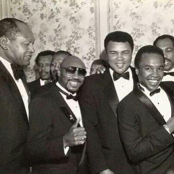 Boxing Legends Sugar Ray Robinson, Marvin Hagler, Muhammad Ali, Sugar Ray Leonard, Ken Norton & former L.A. mayor, Tom Bradley
