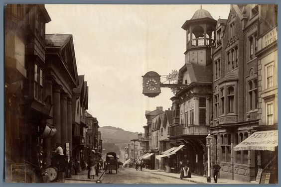 Royaume-Uni, High St. Guilford    #Europe #Angleterre_Great_Britain #Angleterre_Divers