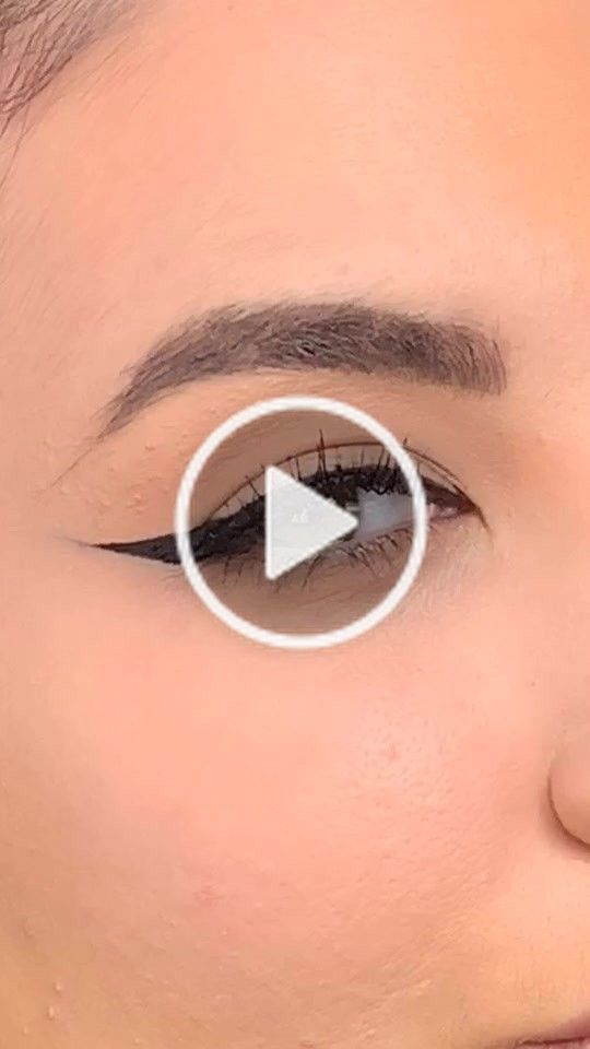 In Short This Involves Putting On A Lot Of Makeup Makeup Tips Lots Of Makeup Eyebrow Tutorial