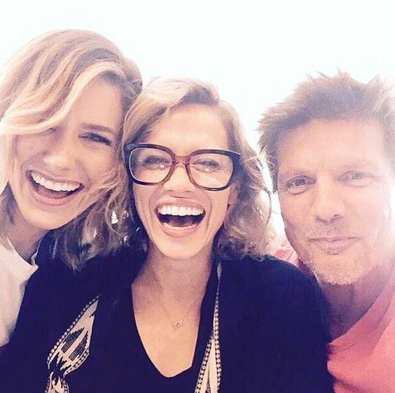 One Tree Hill   Sophia Bush (Brooke), Bethany Joy Lenz (Haley) and Paul Johansson (Dan) - reunion 2015