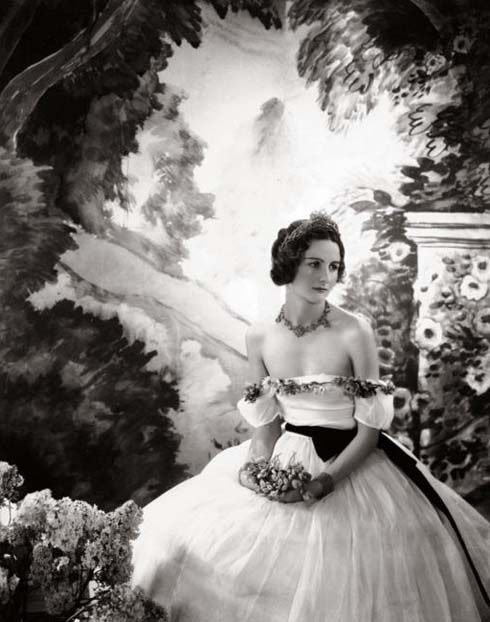Nancy Mitford photographed by Cecil Beaton.