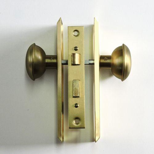 ドアノブ サテンブラス角座 棒カギ錠付 アメリカ製スイッチ コンセント 輸入ドア ドアノブ その他輸入品 R C Company ドアノブ ノブ ドア