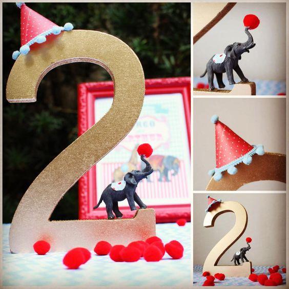 Quadrinho Festa Circo com animais vintage para os 2 aninhos do Arthur.