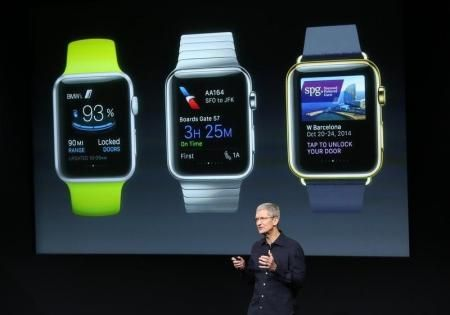 [17日 ロイター] - 米アップル(AAPL.O: 株価, 企業情報, レポート)は4月に発売予定の腕時計型ウエアラブル端末「アップル・ウォッチ」について、アジアのサプライヤーに対し、第1・四半期に500万━600万個の製造を指示した。米紙ウォールストリート・ジャーナル(WSJ)が関係筋の話として報じた。  主に台湾の広達電脳(2382.TW: 株価, 企業情報, レポート)が組み立てを請け負う。