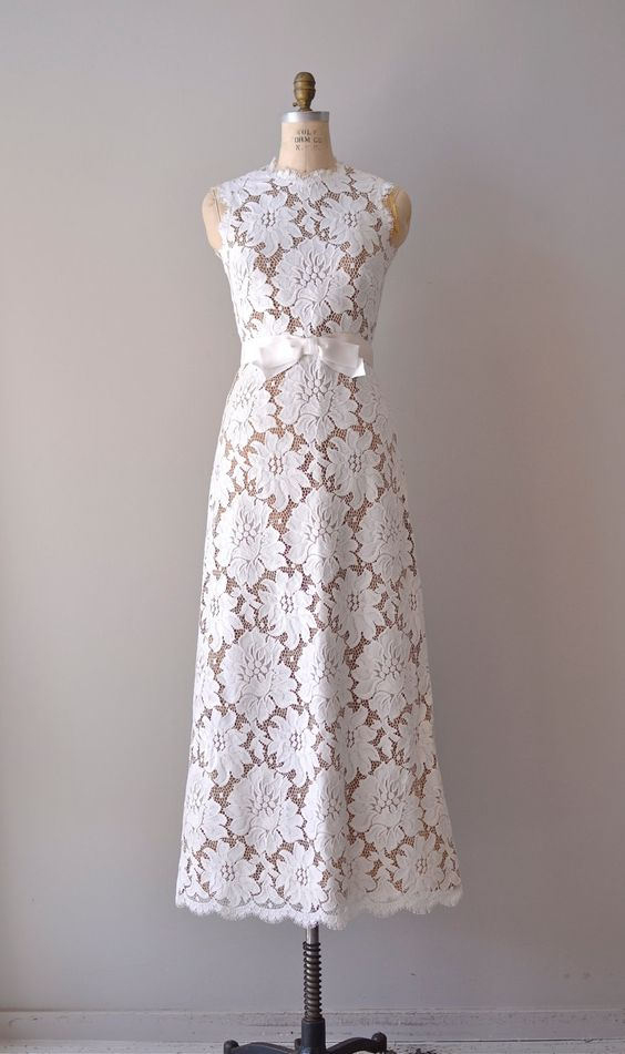 vintage lace wedding dress / 1960s wedding gown / Love's Legacy ...
