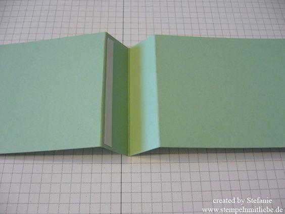 Hallo Ihr Lieben, heute habe ich eine kleine Gutscheinkarte für Euch inkl. Anleitung. Aus einem Din A4 Blatt erhaltet Ihr gleich 3 Gutscheinkarten. Kommen wir also direkt zur Anleitung. Ihr schnei…
