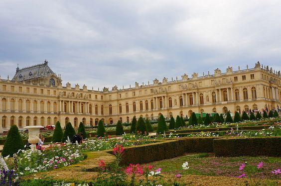 Versailles Palace Garden by Amaris Woo