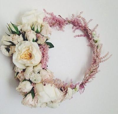 Cómo hacer una corona de flores DIY | Bodas