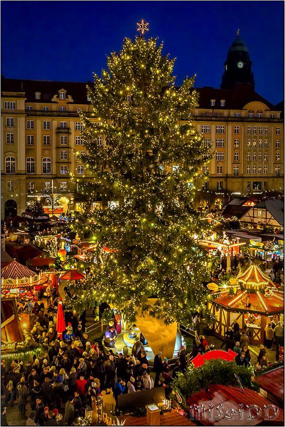 Striezelmarkt Dresden, Germany