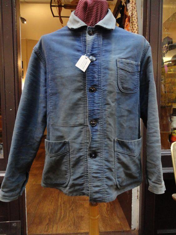 """Vintage 1950s blue bleu de travail moleskin chore work Le Mont St Michel sun faded workwear paysan peasant hobo 45"""" chest"""