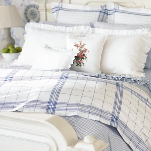 Love the blue and white bedding