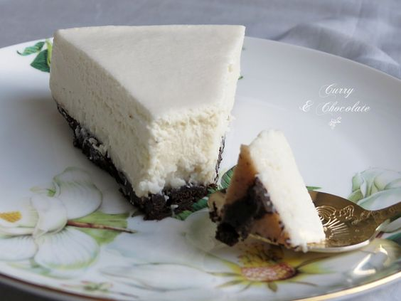 Tarta mousse de chocolate blanco y coco (sin horno) – Coconut and white chocolate mousse cake (no-bake)