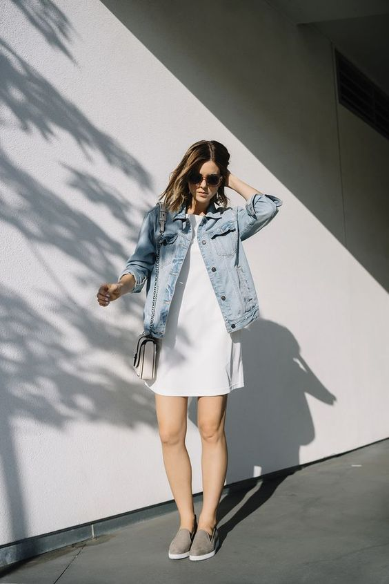 The Cozy flare blog- # FashionIdea #Belt #Belt With Dress, Outfit Ideas, shoes with dress, style a dress, style denim jacket