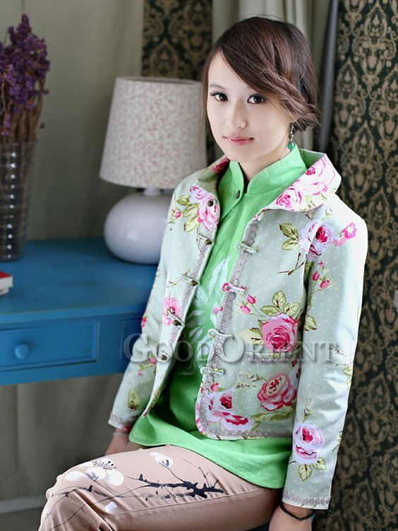 Light Green Tang Dynasty Chinese Clothing