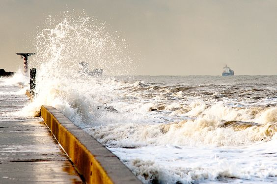 Winter Sea: Sea Life, Earth Photography, Seaside Holidays, Giant Adventure, Inspirational Colors, Mare D Inverno, Soul Breathes