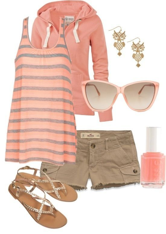 Ropa para verano # linda combinación # color de verano #   Cute summer outfit...I love top and shorts and polish..cute day, and comfy..