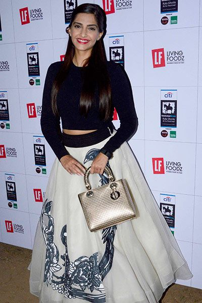 Sonam Kapoor clicked at Kala Ghoda Arts Festival 2016